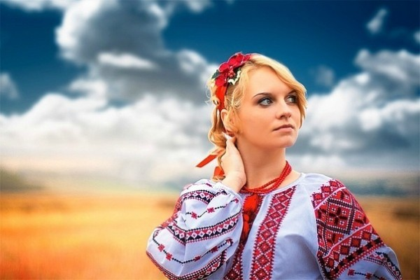 Будь Українцем -Одягай Українське!